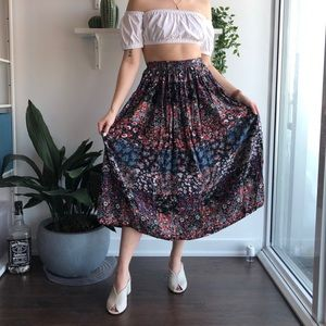 Vintage quilted pattern floral midi skirt